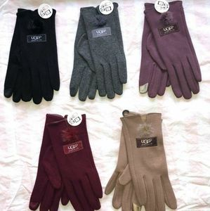 Ugg tech pom pom gloves